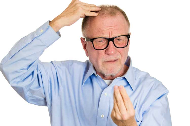 La caduta dei capelli stagionale, cosa fare?